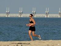 bieganie nad morzem - zdrowy tryb życia